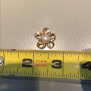 Na Hoku Jewelry - Na Hoku Pearl / 14k gold flower Pendant